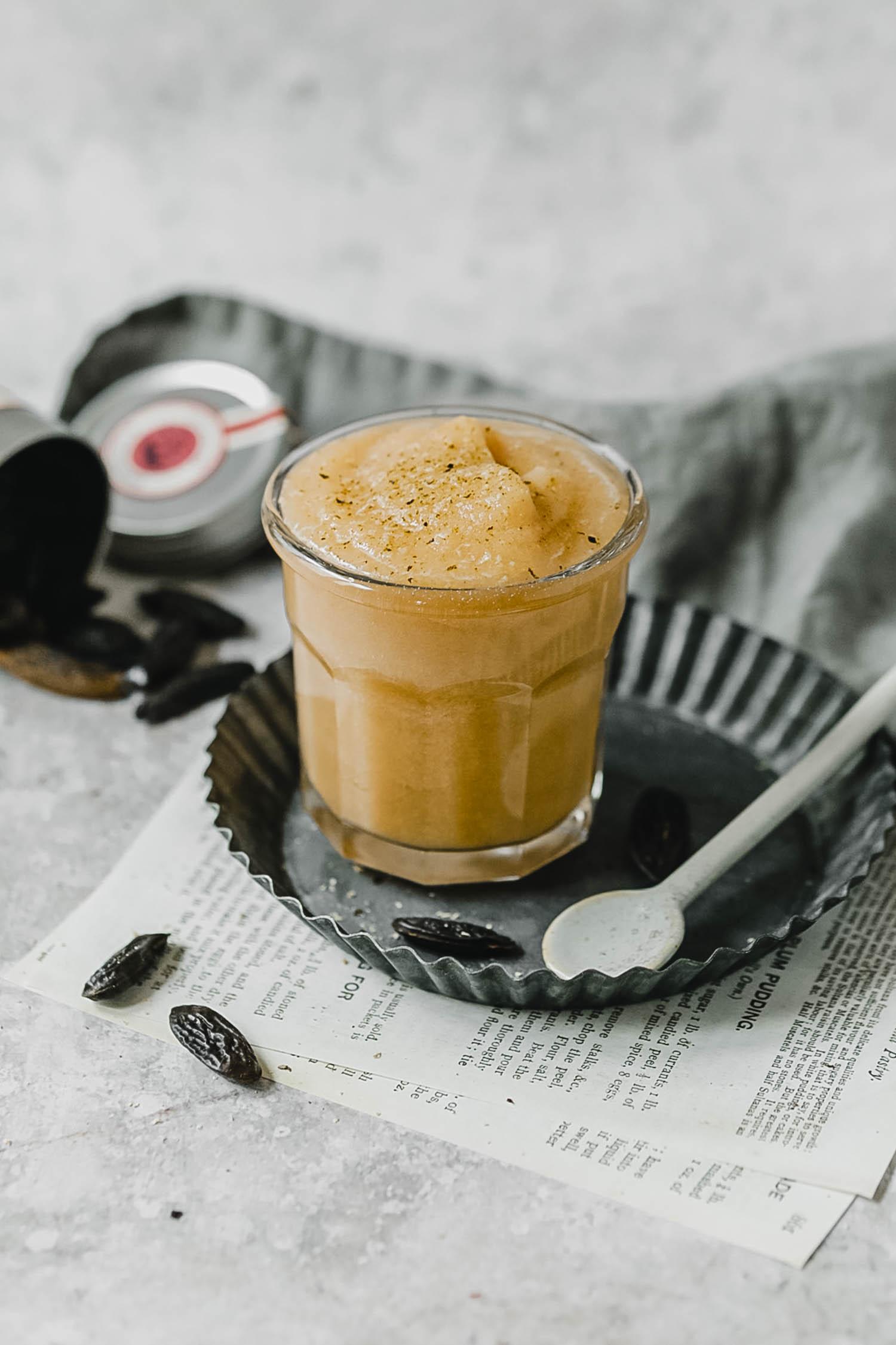 Recettes compotes automnales : compote poire fève de tonka